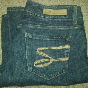 Seven7 flare jeans sz 10
